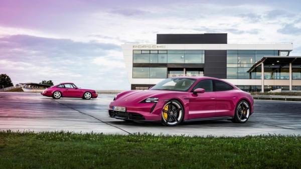 Porsche Gives 2022 Taycan, Cross Turismo…