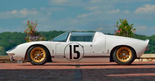Rare Ford GT Roadster That Raced Le Mans Could Fetch $10m