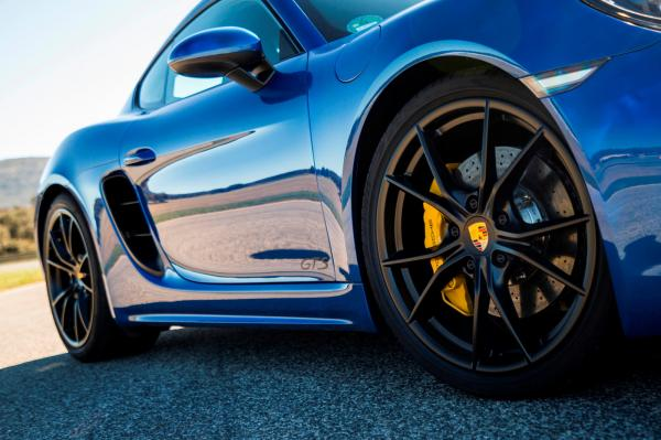 Porsche's Next 718 Boxster And Cayman Decision Is Crucial