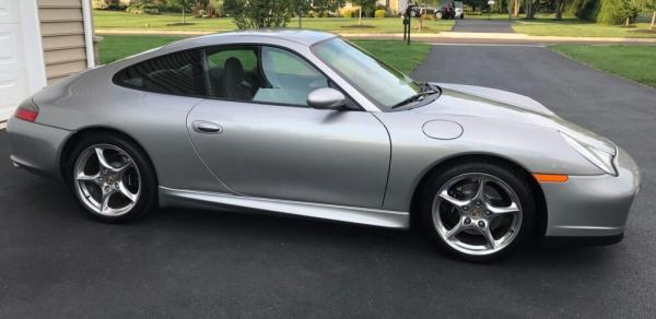 Porsche '40 Jahre' 911 'Best Sports Car Bargain' Around