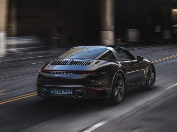 photo of 10 facts about the new 992 Targa image