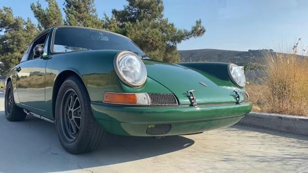 This Tesla-Powered 911 Is Shockingly…