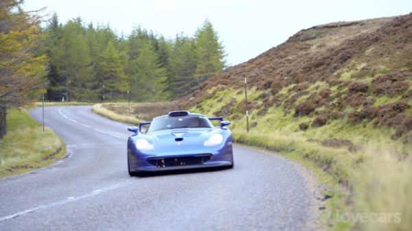 Testing the 911 GT1 Straßenversion on Slippery Scottish Roads