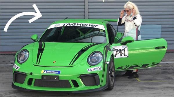 Coolest Grandma Ever Drives Porsche 911…