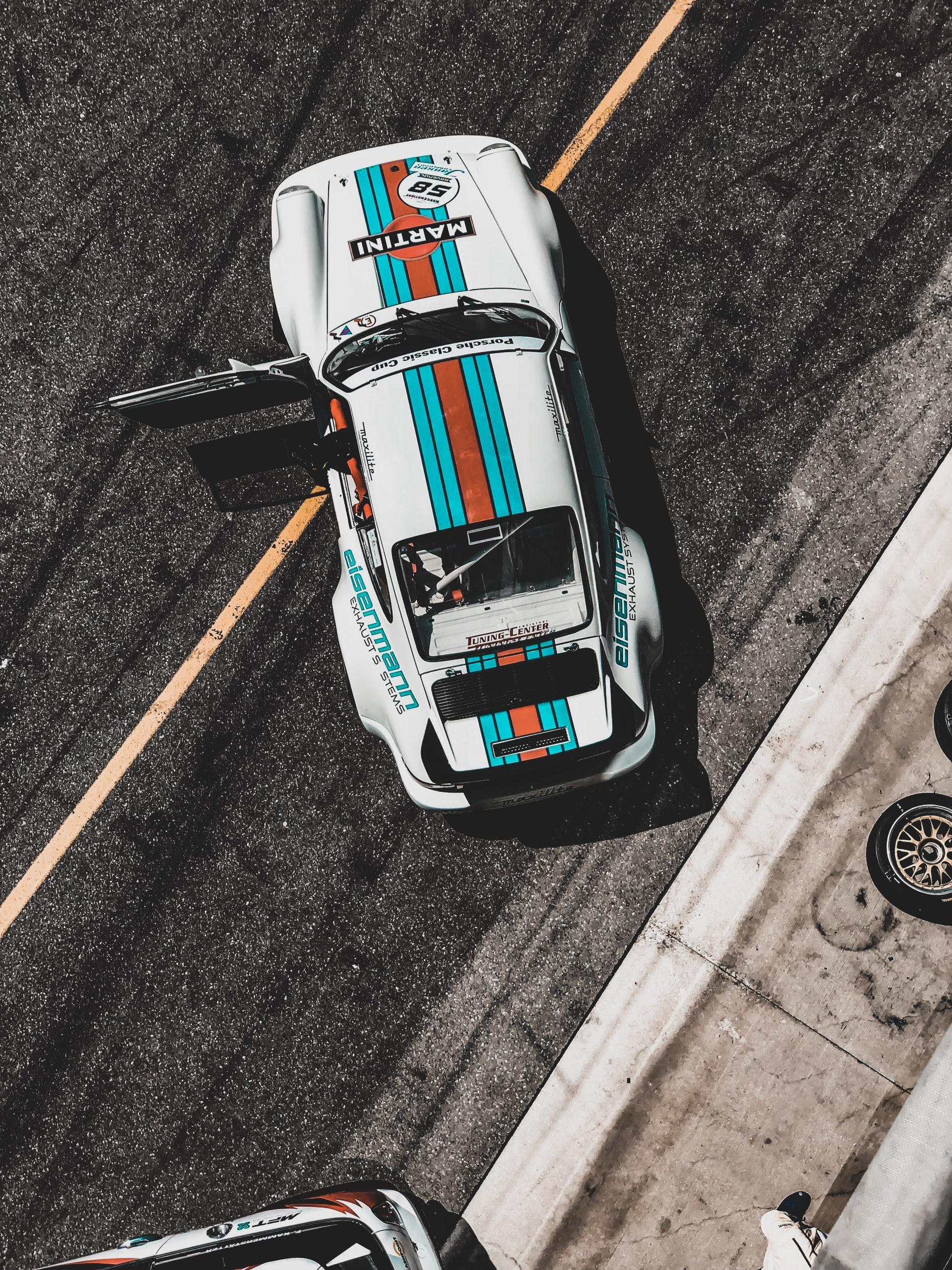 Porsche 911 Racing