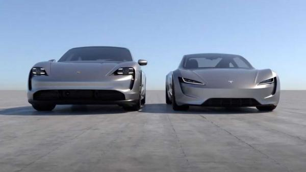 photo of New Tesla Roadster Next To Porsche Taycan: Size Difference Is Huge image