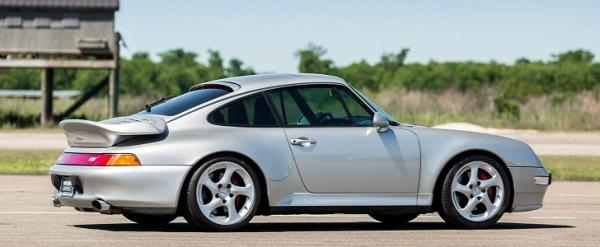 This 1997 Porsche 911 Turbo Was Allegedly Remodeled for a Huge Latino Star
